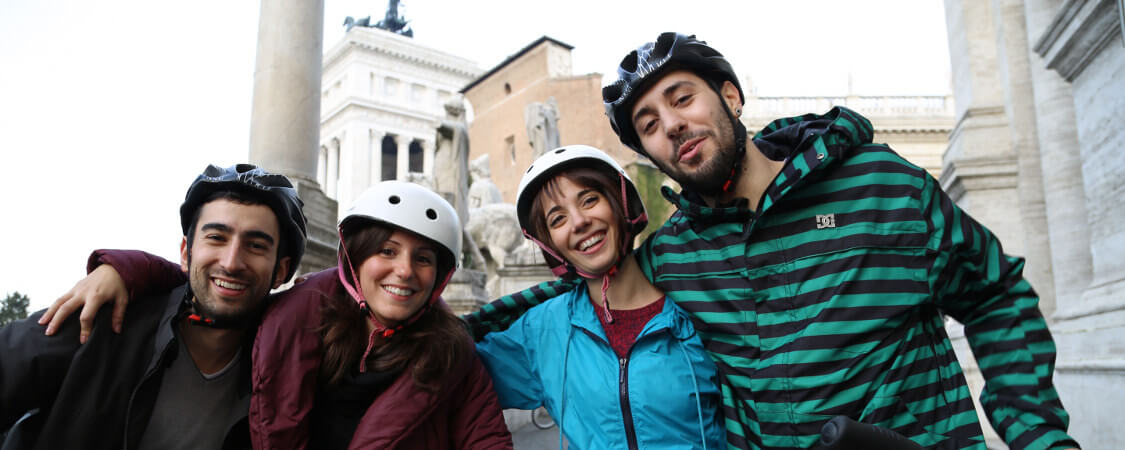Enjoy the ride on our bikes to the Capitoline Hill.