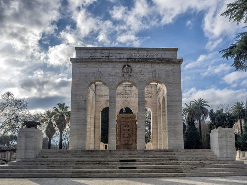The ossuary honors the fallen soldiers of Italy's unification war