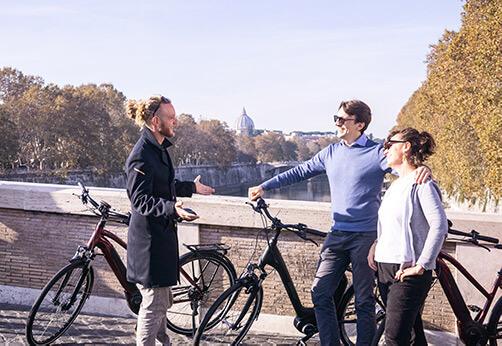 Rom City E Bike Tour auf dem Ponte Sisto